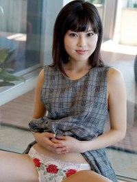 Ayashiro Yurina(彩城ゆりな)