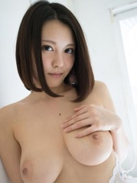 Matsuoka China(松岡ちな)
